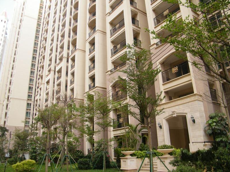 坦洲 锦绣阳光花园别墅 6房2厅225平米
